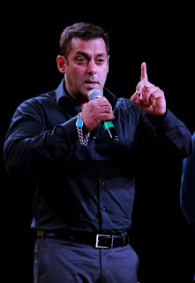 Salman Khan Comes Out in Support of Pakistani Actors