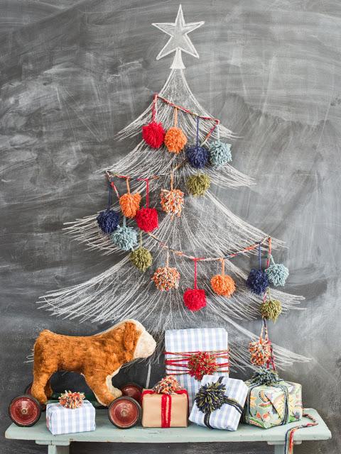 Τα φυσικά και ψεύτικα Χριστουγεννιάτικα Δέντρα δεν είναι οι μόνες διαθέσιμες επιλογές που έχετε. Αν θέλετε να εντυπωσιάσετε τους πάντες, δείτε αυτά τα δέντρα που απέχουν πολύ από τα συνηθισμένα.