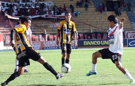 Nacional Potosí vs The Strongest VER EN VIVO ONLINE fecha 23 del fútbol boliviano 2019.