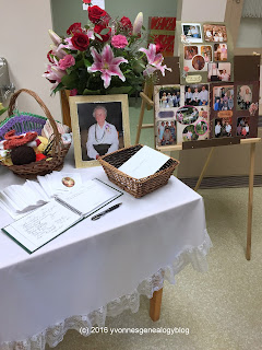 Guest book and display
