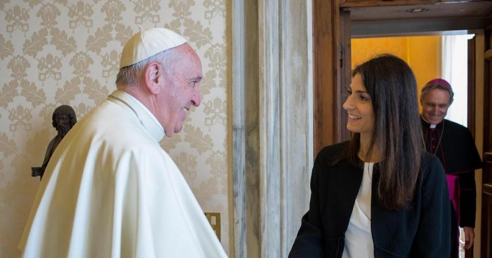 Ci mancava anche un Vaticano anti-Raggi!