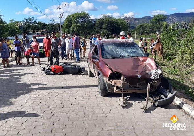 Jacobina: Colisão entre carro e moto é registrada no bairro Lagoa Dourada