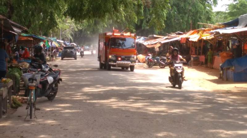 PT Patra Niaga Tembak Cairan Desinfektan ala Koboy, Tanpa Pemberitahuan ke Pedagang