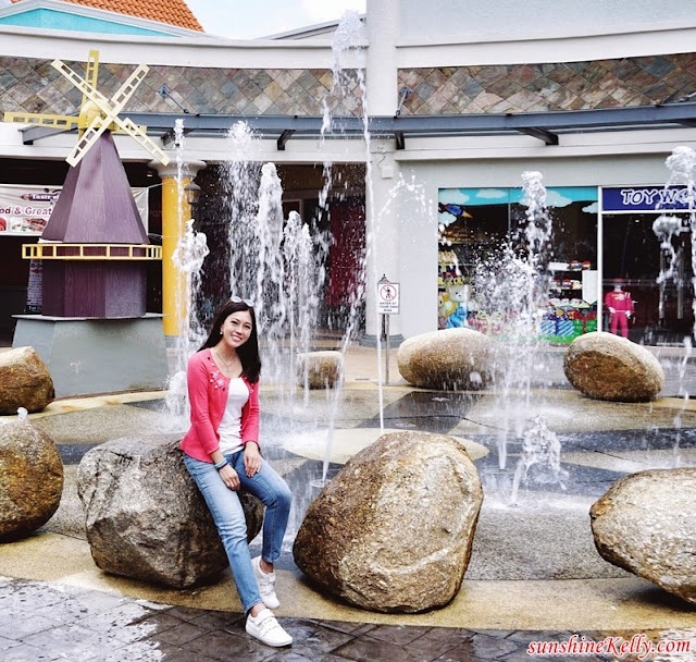 Raya Shopping, Shopping Extravaganza, Freeport A Famosa Outlet, Melaka, Travel, Shopping, Cuti Cuti Malaysia, RC Signatures, Levi's, Cotton On, Carlo Rino, Samsonite, Toy World, Body Gloves, Luv Lux, Puma, Skechers, Li-Ning, Malaysia Travel Blogger, malaysia Lifestyle Blogger