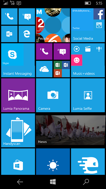 Tampilan Live Tile pada Windows 10 Mobile
