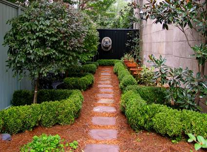 How To Make a Garden Stone Path With Gravel 2