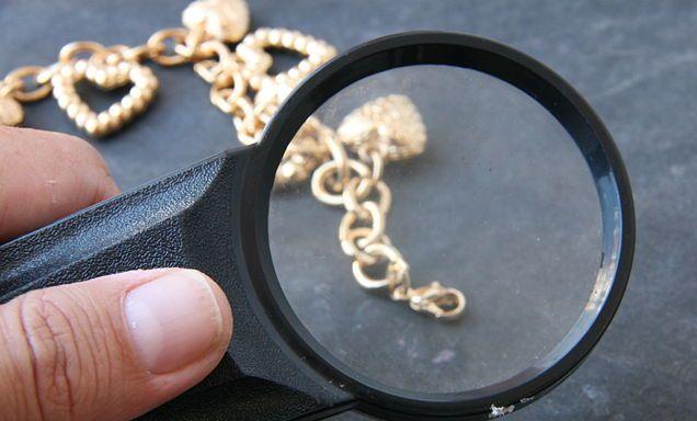 gambar cara cek kemurnian emas asli atau bukan
