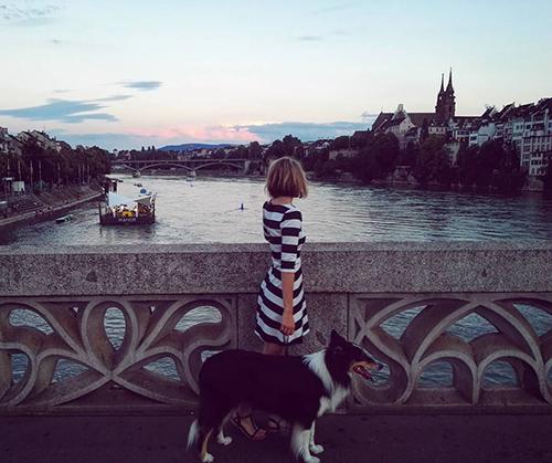Blick auf die Basler Altstadt vom Rhein