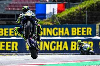 https://1.bp.blogspot.com/-kIbXp2sx4lc/XRXQCLfUh6I/AAAAAAAADBI/BSkuMXTUkhIt0VnTUnPMpuKXBqYPZ7VfQCLcBGAs/s320/Pic_MotoGP-_004.jpg