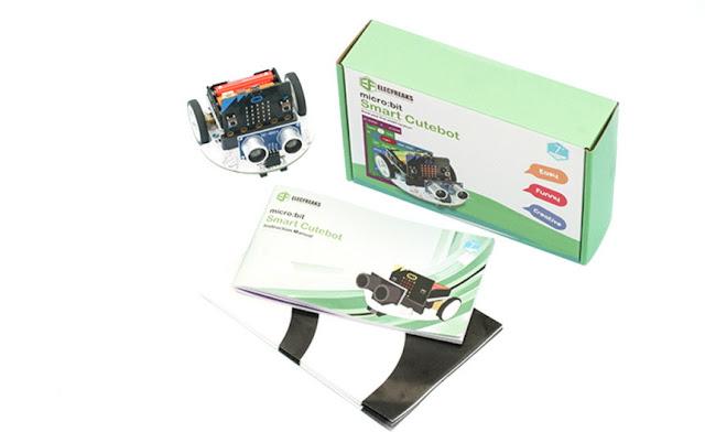 Původní verze Cutebot, v krabičce obou verzí je návod a závodní dráha