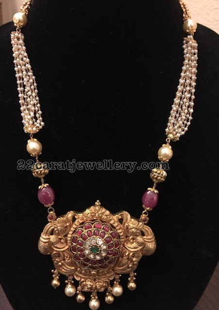Pearls Chain with Antique Pendant
