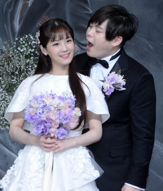 The public's chilly reaction to news of Moon Hee Jun and ...