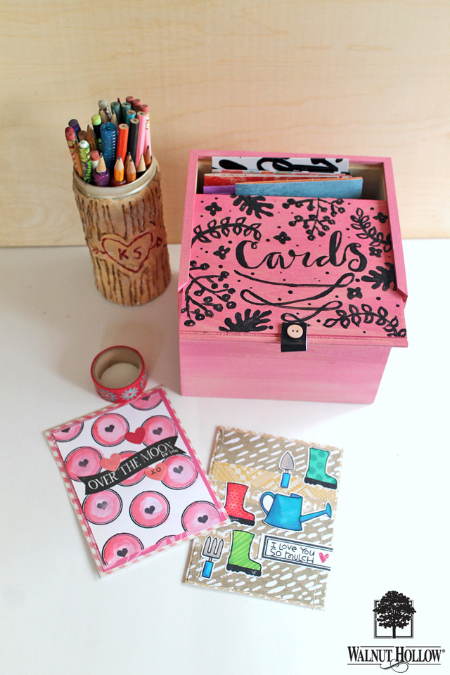 Organize your studio with these bright painted boxes! tutorial by @punkprojects on the @walnuthollow1 blog.