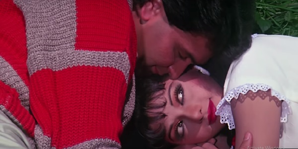 Rang-Bhare-Baadal-Se-Chandni-Lyrics
