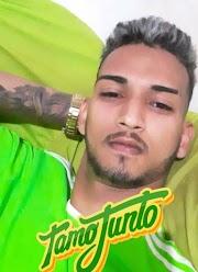 Jovem é morto a tiros dentro de salão de beleza em Pedreiras.