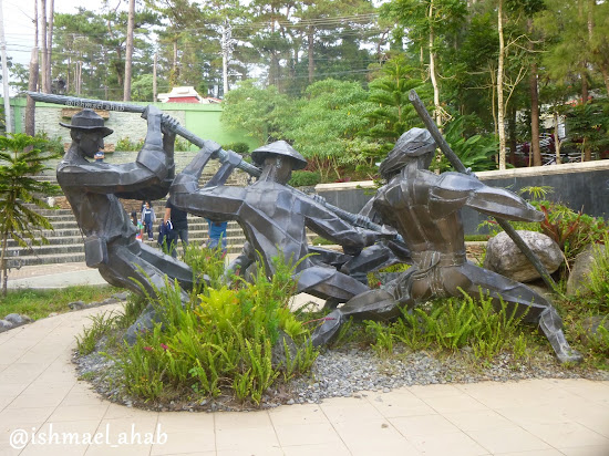 The Builders by Ben-Hur Villanueva in Baguio Botanical Garden