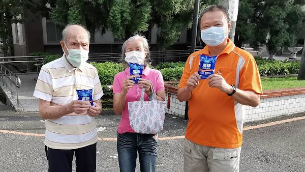國彰志工服務協會捐防疫物資 守護彰化榮家長輩