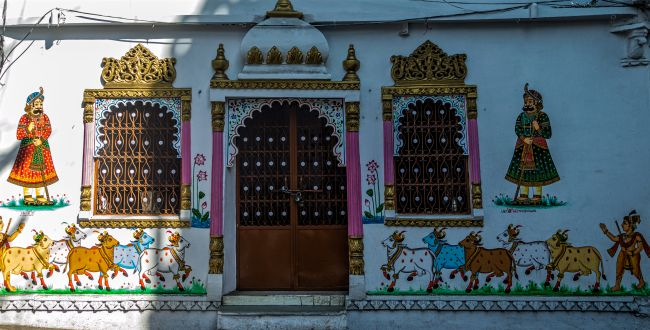 wall paintings in the lanes of Udaipur during Heritage walk