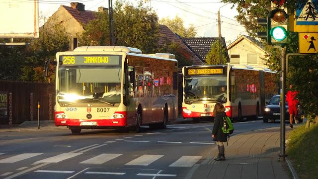 """Od czwartku obowiązuje sobotni rozkład jazdy komunikacji miejskiej, co ważne linia 262 i """"7"""" co 20 minut, a 195 bez zmian - Czytaj więcej »"""