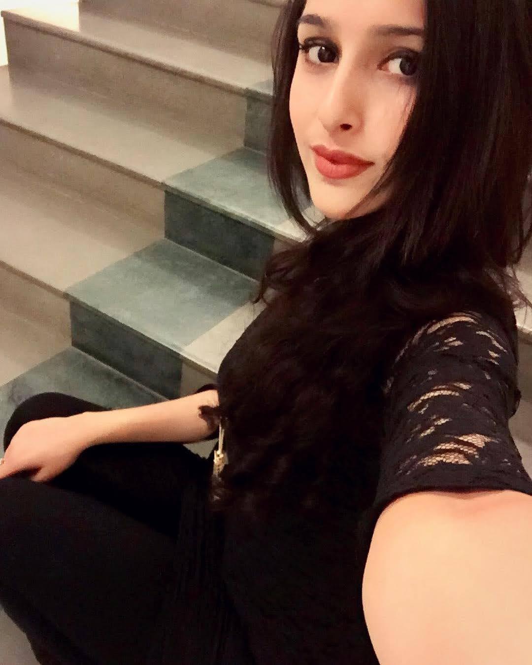 Sadia Khateeb 24