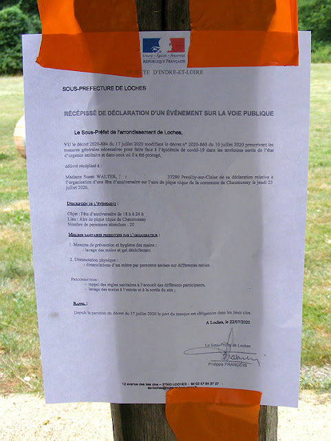 Authorisation to hold a party during Covid19 crisis. Photo by Loire Valley Time Travel.