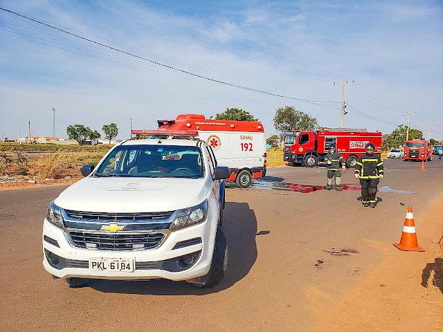 Duas Motos pegam fogo durante colisão em luis Eduardo Magalhães