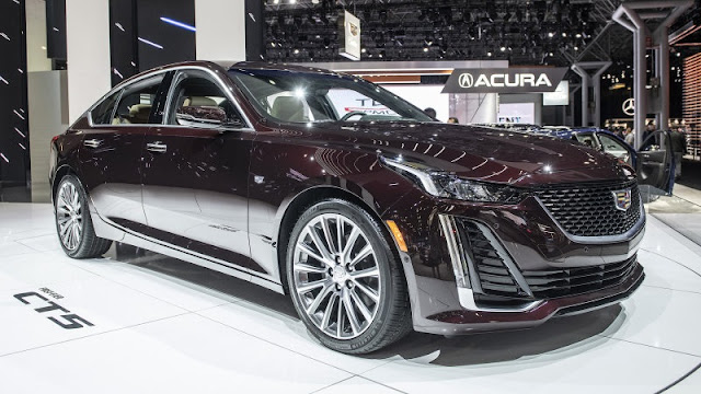 Cadillac CT5 spicy drive