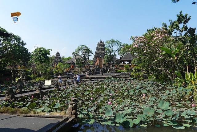 Puri Taman Saraswati  - Bali