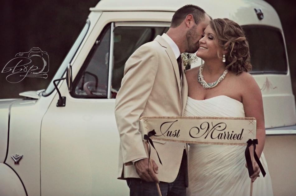 Vintage Bridal Look Wedding Adornment Kimberlys Wedding
