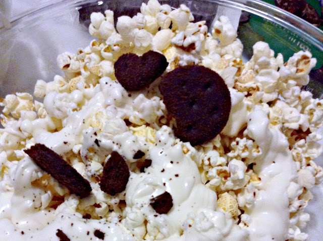 Girl Scouts Thin Mints Cookie Popcorn Munch   Popcorn and chocolate