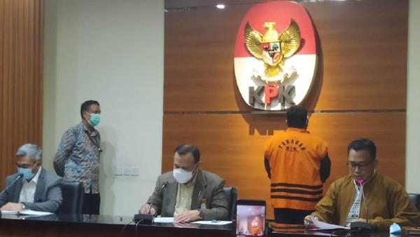 Wali Kota Tanjungbalai Tersangka Suap Penyidik AKP Robin Ditahan KPK