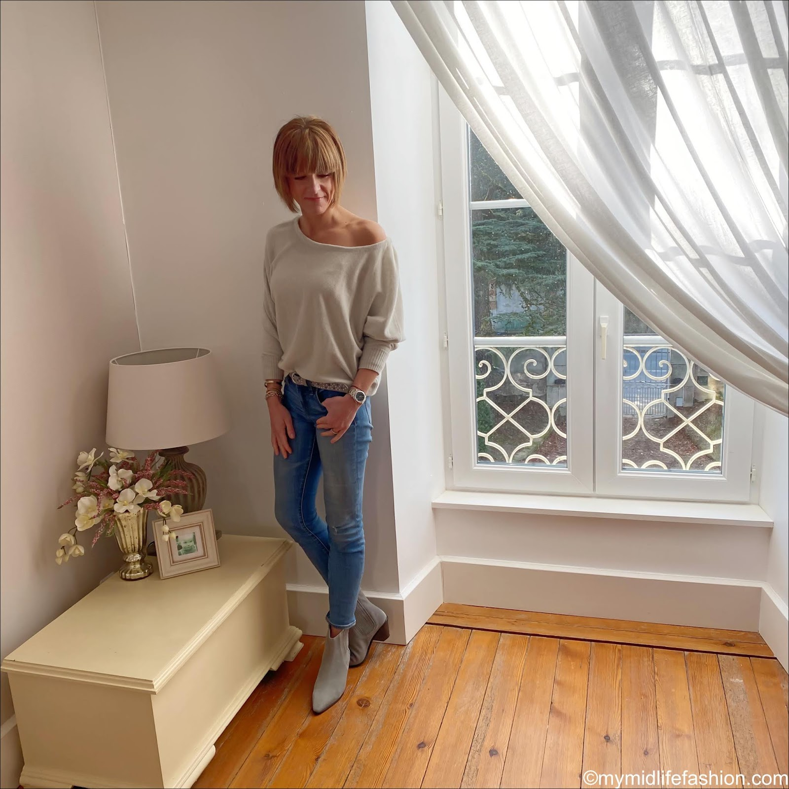 my midlife fashion, iris and ink off the shoulder jumper, the white company suede belt, j crew 8 inch toothpick jeans, jigsaw suede western heel ankle boots