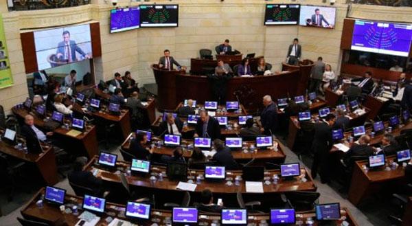 Aprobada Ley que adoptará esquema de seguridad para los jefes gerrilleros de las Farc