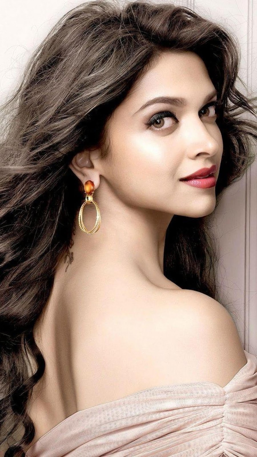 Deepika Padukone Images Download