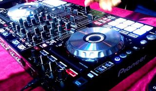 Download Lagu Mp3 DJ Remix Breakbeat Terbaru Paling Populer Full Album Paling Hits Lengkap