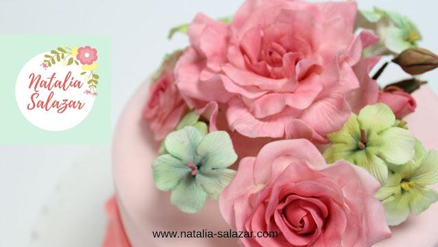 tortas con flores de azucar natalia salazar