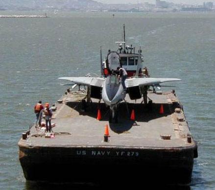 Sobre aviões e submarinos