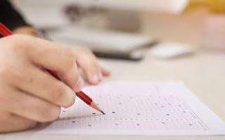 सपने में परीक्षा देते हुए देखना ▷ exams