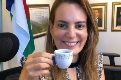 Prefeita no Instagram: Sheila celebra o Dia Internacional do Café, uma das fontes de riqueza do Planalto da Conquista