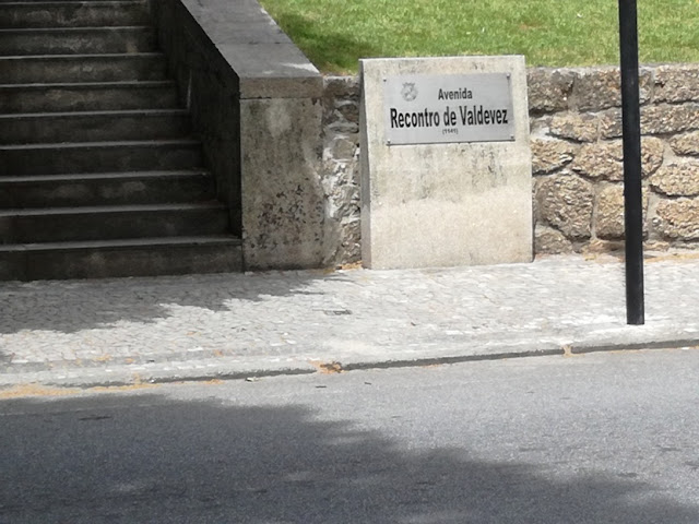 Placa Avenida Recontro de Valdevez