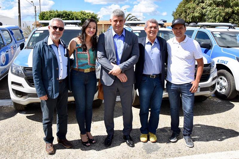 Guajeru recebe nova viatura da PM em cerimônia realizada em Vitória da Conquista nesta sexta-feira (02)