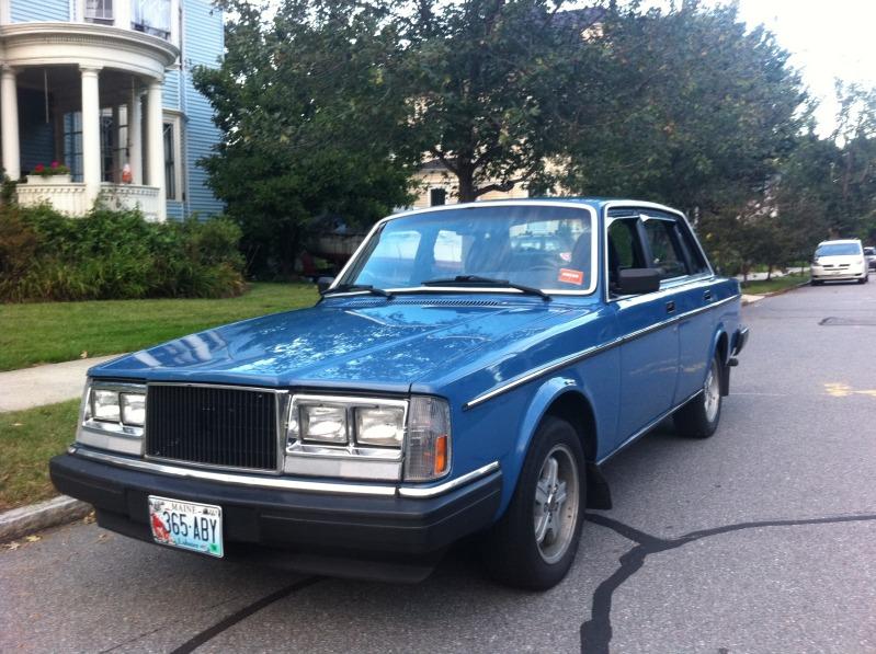 just a car geek 1985 volvo 240 turbo north american police cruiser. Black Bedroom Furniture Sets. Home Design Ideas
