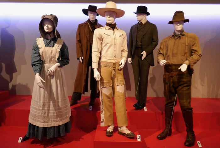 Ballad of Buster Scruggs movie costumes