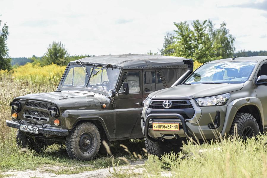 Українська бронетехніка на заміну УАЗів пропонує Toyota Hilux