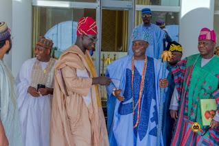 PhotoNews: Royal fathers Rally Round Buratai As Olowu of Kuta Leads Dignitaries To Fayemimo Funeral