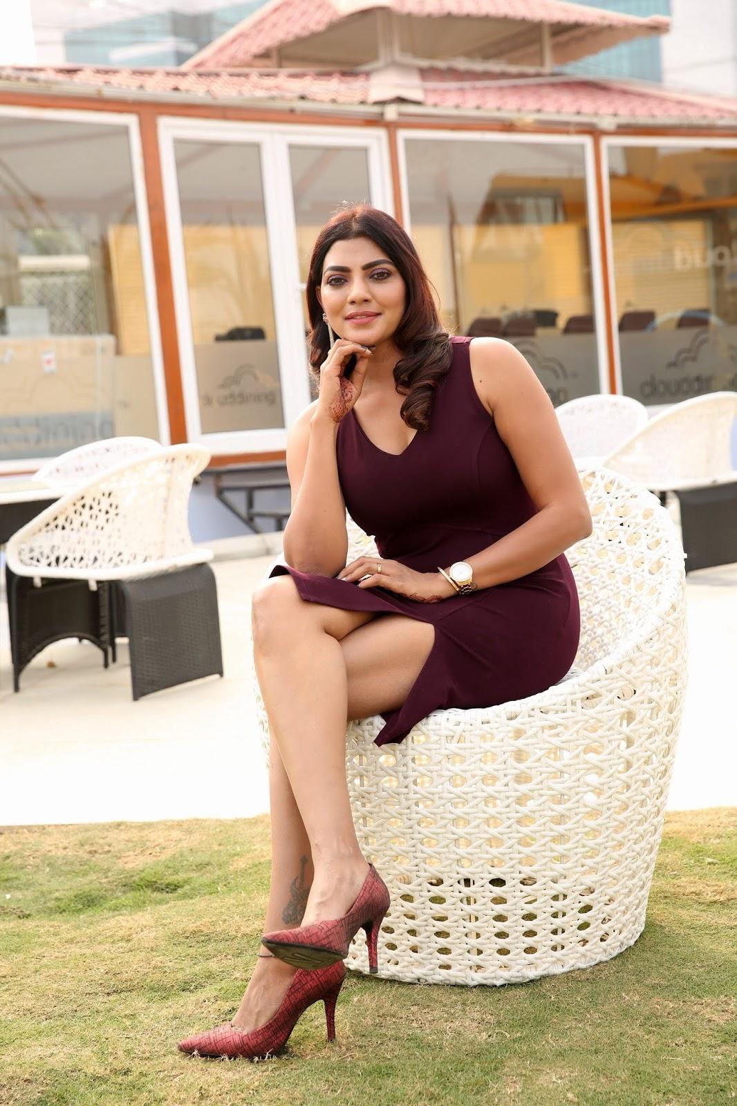 Lahari's Big Bum and Hot Legs In Tight Mini Dress