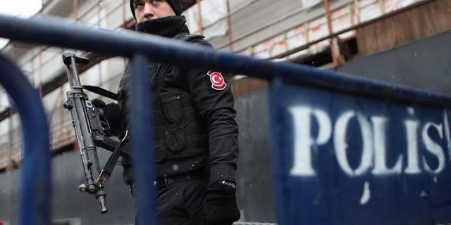 """Τουρκία: Τους συνέλαβαν για """"εμπαιγμό του Ισλάμ"""""""
