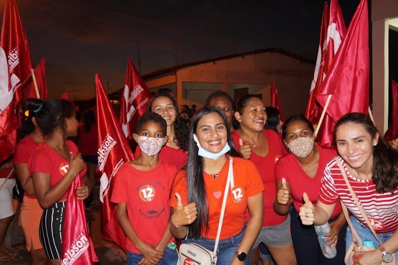 Candidata a vereadora Luciana Sarayva cumpre extensa agenda em busca de apoio em Trizidela do Vale.