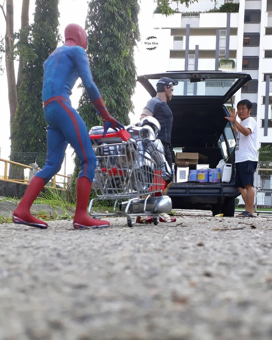 Guy Takes Hilarious And Creative Pictures With Our Favorite Superheroes