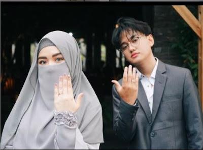 Profil Biodata Wafiq Malik Lengkap IG Instagram, Agama, Umur, Tanggal Lahir, Menikah Nama Suami, Adik Taqy Malik